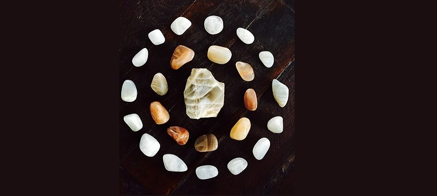 7 Moonstone Facts That Will Blow Your Mind