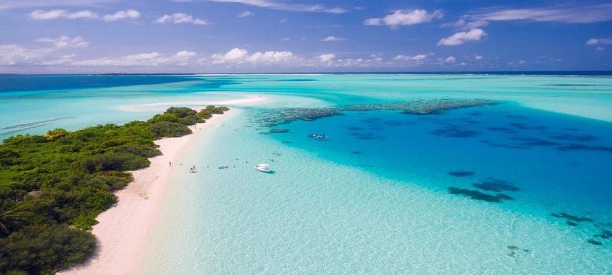 6 Top Tourist Attractions in Maldives